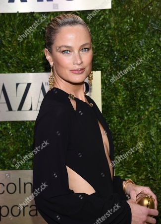 Carolyn Murphy arrives at The Lincoln Center Corporate Fund Fashion Gala honoring Leonard A. Lauder at Alice Tully Hall, in New York