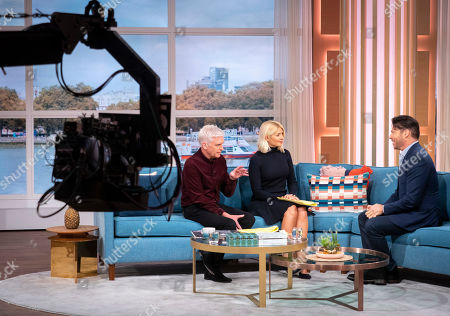 Phillip Schofield, Holly Willoughby with Harry Connick Jr.