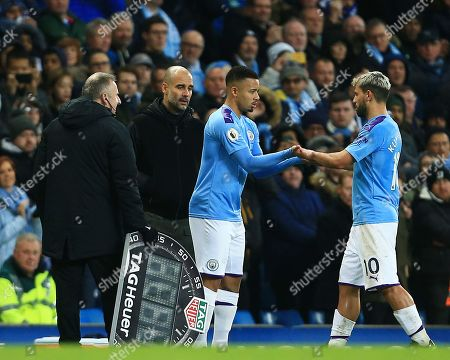 Sergio Aguero of Manchester City is replaced by Gabriel Jesus