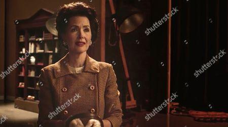 Janine Turner as Hilda Hensley