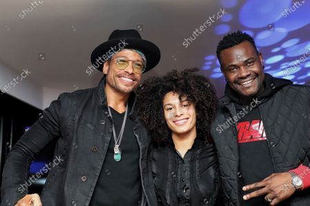 Gary Dourdan with guests