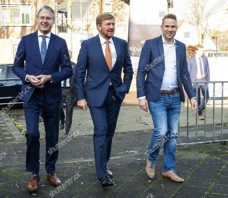 King Willem-Alexander during a working visit to CVO Accent Practical Education
