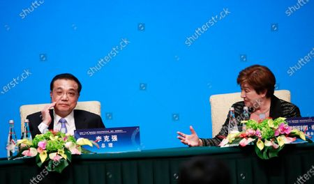 Chinese Prime Minister Li Keqiang (L) and International Monetary Fund (IMF) Managing Director Kristalina Georgieva (R) attend a press conference at the Fourth 1+6 Round Table Dialogue at Diaoyutai State Guest House in Beijing, China, 21 November 2019. Li Keqiang and leading officials from major international financial organizations attended the event for discussions on global economic trends, macro policies coordination and China's economic reform and global economic governance.
