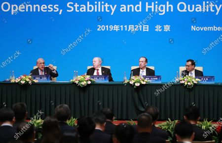 (L-R) Organization for Economic Cooperation and Development (OECD) Secretary-General Angel Gurria, World Trade Organization (WTO) Deputy Director-General Alan Wolff, World Bank President David Malpass and Chinese Premier Li Keqiang attend a press conference at the Fourth 1+6 Round Table Dialogue at Diaoyutai State Guest House in Beijing, China, 21 November 2019. Chinese Prime Minister Li Keqiang and leading officials from major international financial organizations attended the event for discussions on global economic trends, macro policies coordination and China's economic reform and global economic governance.