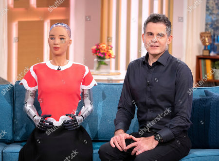 Sophia the Robot and Dr David Hanson