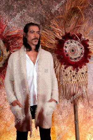 """Actor Oscar Jaenada, who portrays Hernan Cortes in the Amazon Prime series """"Hernan,"""" poses for a photo during a press conference in Mexico City. The series premieres on Amazon Prime on Friday, Nov. 22nd on the History Channel Latin America and on Sunday, Nov. 24th on TV Azteca"""