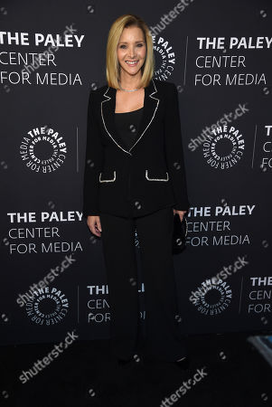 """Lisa Kudrow poses at """"The Paley Honors: A Special Tribute to Television's Comedy Legends"""" at the Beverly Wilshire Hotel, in Beverly Hills, Calif"""