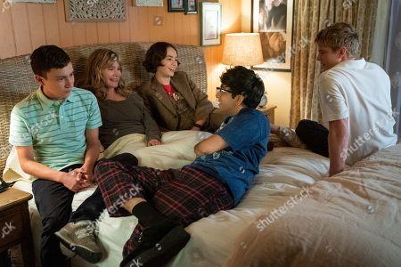Keir Gilchrist as Sam Gardner, Jennifer Jason Leigh as Elsa Gardner, Brigette Lundy-Paine as Casey Gardner, Nik Dodani as Zahid and Graham Rogers as Evan Chapin