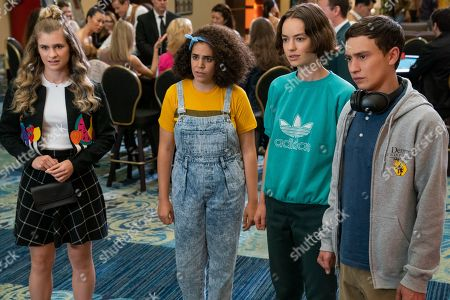 Jenna Boyd as Paige, Kimia Behpoornia as Abby, Brigette Lundy-Paine as Casey Gardner and Keir Gilchrist as Sam Gardner