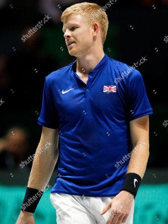Kyle Edmund of Great Britain frustrated versus Spain
