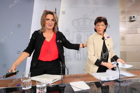 Spanish acting Ecological Transition Minister, Teresa Ribera (L) and Spanish acting Minister of Education and Government's speaker Isabel Celaa (R) address a press conference after the weekly cabinet meeting at Moncloa Presidential Palace in Madrid, Spain, 22 November 2019.