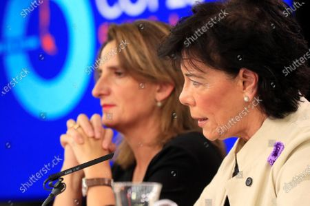 Spanish acting Ecological Transition Minister, Teresa Ribera (L), and Spanish acting Minister of Education and Government's spokeswoman, Isabel Celaa (R), address a press conference after the weekly cabinet meeting held at Moncloa Presidential Palace in Madrid, Spain, 22 November 2019.