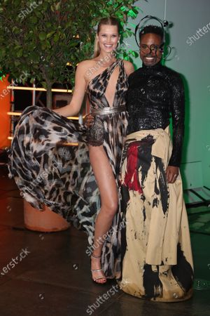 Toni Garrn (L) and US performer Billy Porter arrive at the red carpet of the International Music Award (IMA) 2019 in Berlin, Germany, 22 November 2019. The IMA recognizes the efforts of artists to share their work with a statement independently of the commercial success.
