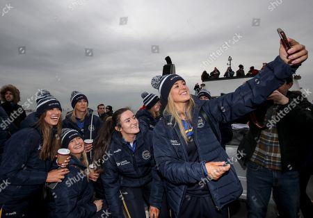 Kilkenny's Grace Walsh takes a selfie with Heather Cooney, Shauna Healy, Niamh Kilkenny and Sarah Healy (all Galway)