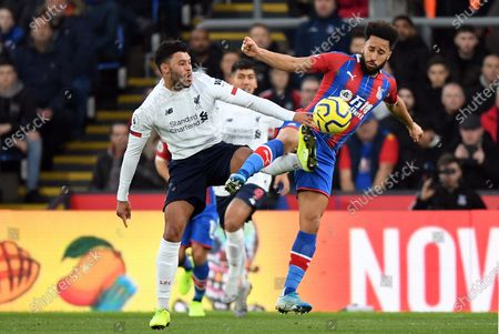 Liverpool's Alex Oxlade Chamberlain (L) in actions against Crystal Palace's Andros Townsend (R) the English Premier League soccer match between Crystal Palace v Liverpool at Selhurst Park in London, Britain, 23 November 2019.