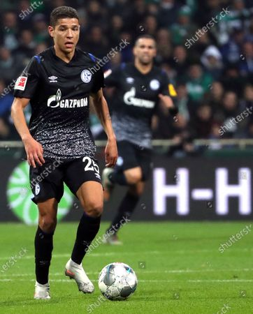 Schalke's Amine Harit during the German Bundesliga soccer match between SV Werder Bremen and FC Schalke 04 in Bremen, Germany, 23 November 2019.
