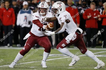 Anthony Russo, Jager Gardner. Temple quarterback Anthony Russo (15) hands off the ball to running back Jager Gardner (21) during the first half of an NCAA college football game against Cincinnati, in Cincinnati