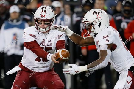Anthony Russo, Jager Gardner. Temple quarterback Anthony Russo, left, hands the ball off to running back Jager Gardner (21) during the first half of an NCAA college football game against Cincinnati, in Cincinnati