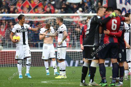 Bologna's players celebrate afer Blerim Dzemaili scored a goal during the Italian Serie A soccer match  Bologna FC vs Parma Calcio at Renato Dall'Ara stadium in Bologna, Italy, 24 November 2019.