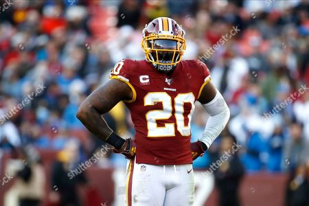 Washington Redskins strong safety Landon Collins waits for a play against the Detroit Lions during the second half of an NFL football game, in Landover, Md