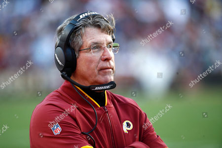 Washington Redskins head coach Bill Callahan looks on during the second half of an NFL football game against the Detroit Lions, in Landover, Md