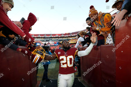 Washington Redskins strong safety Landon Collins leaves the field after an NFL football game against the Detroit Lions, in Landover, Md. The Redskins won 19-16