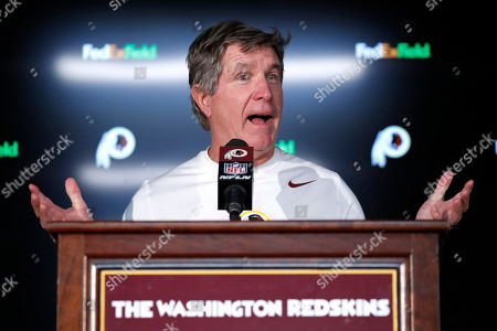 Washington Redskins head coach Bill Callahan talks to reporters after an NFL football game against the Detroit Lions, in Landover, Md. The Redskins won 19-16