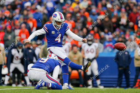 Buffalo Bills kicker Stephen Hauschka (4) kicks a field goal against the Denver Broncos during the first quarter of an NFL football game, in Orchard Park, N.Y