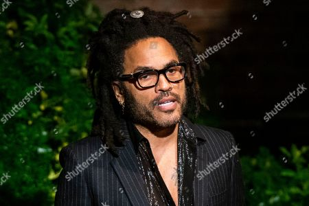 Musician Lenny Kravitz speaks to attendees during the memorial of late actress Diahann Carroll at the Helen Hayes Theater on in New York