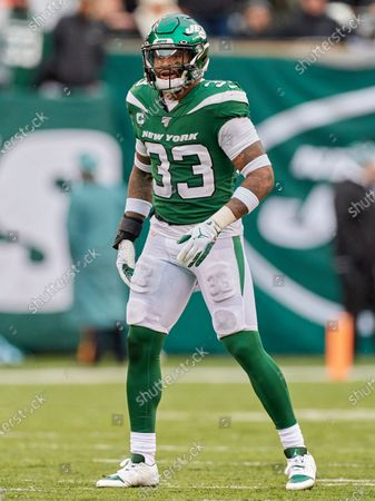 , 2019, East Rutherford, New Jersey, USA: New York Jets strong safety Jamal Adams (33) during a NFL game between the Oakland Raiders and the New York Jets at MetLife Stadium in East Rutherford, New Jersey