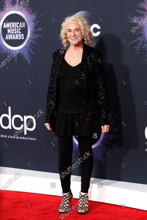 Carole King arrives for the 2019 American Music Awards at MMicrosoft Theater L.A. LIVE in Los Angeles, California, USA, 24 November 2019.
