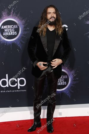 Tom Kaulitz arrives for the 2019 American Music Awards at MMicrosoft Theater L.A. LIVE in Los Angeles, California, USA, 24 November 2019.