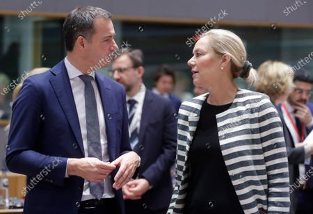 Belgium's Finance Minister Alexander De Croo (L) and Dutch Minister for Foreign Trade and Development Cooperation Sigrid Kaag (R) during a EU Foreign Affairs Council (Development) meeting in Brussels, Belgium, 25 November 2019. Council will debate a document to allow the next European Commission to start work in December without a U.K. commissioner.