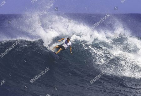 Stock Image of Leonardo Fioravanti surfing during the WSL Hawaiian Pro Semifinal.