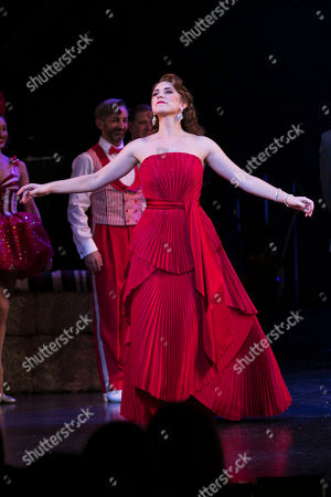 Danielle Hope (Betty Haynes) during the curtain call