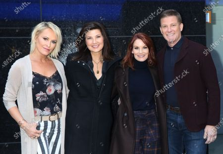 Josie Bissett, Daphne Zuniga, Laura Leighton and Doug Savant