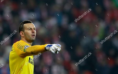 Inter Milan's goalkeeper Samir Handanovic gives instructions to his players during the Champions League group F soccer match between Slavia Praha and Inter Milan at the Sinobo stadium in Prague, Czech Republic