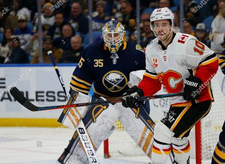 Calgary Flames forward derek Ryan (10) skates during the second period of an NHL hockey game against the Buffalo Sabres, in Buffalo, N.Y