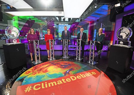 (L-R) Liberal Democrat leader Jo Swinson, SNP leader Nicola Sturgeon, Plaid Cymru leader Adam Price, Labour Party leader Jeremy Corbyn and Green Party Co-Leader Sian Berry, in the studio before the start of the Channel 4 News' General Election climate debate at ITN Studios in Holborn, central London, Britain, 28 November 2019.