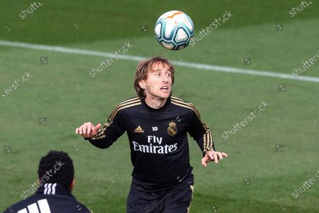 Real Madrid's Luka Modric performs during his team's training session at Valdebebas sports city in Madrid, Spain, 29 November 2019. Real Madrid will face Deportivo Alaves in their Spanish La Liga socer match on 30 November 2019.