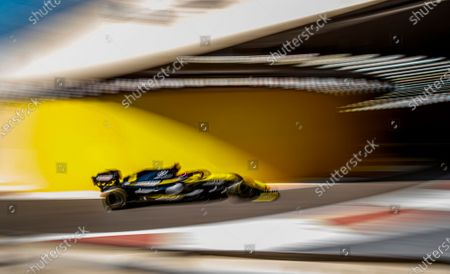 Australian Formula One driver Daniel Ricciardo of Renault in action during the first training session of the Abu Dhabi Formula One Grand Prix 2019 in Abu Dhabi, United Arab Emirates, 29 November 2019. The Formula One Grand Prix of Abu Dhabi will take place on 01 December 2019.