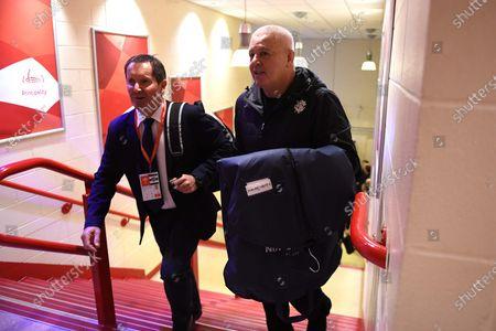 Robbie Deans and Warren Gatland arrives.