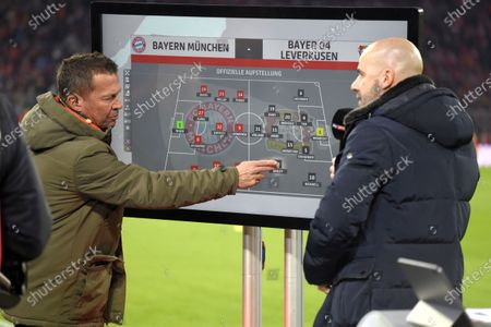 30.11.2019, Football 1. Bundesliga 2019/2020, 13. match day, FC Bayern Muenchen - Bayer 04 Leverkusen, in Allianz-Arena Muenchen.  Lothar Matthaeus (li) and Trainer Peter Bosz (re, Leverkusen)Monigoal and Takitk-Tafel live auf SKY-Sport TV.