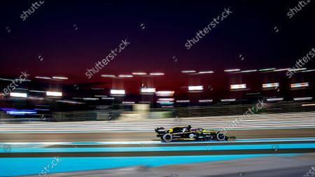 Australian Formula One driver Daniel Ricciardo of Renault in action during the 2019 Formula One Grand Prix of Abu Dhabi at Yas Marina Circuit in Abu Dhabi, United Arab Emirates, 01 December 2019.