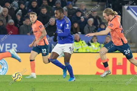Ricardo Pereira (21) with the ball during the Premier League match between Leicester City and Everton at the King Power Stadium, Leicester