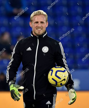 Leicester's goalkeeper Kasper Schmeichel smiles during warmup before the English Premier League soccer match between Leicester City and Everton at the King Power Stadium in Leicester, England