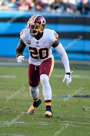 Washington Redskins strong safety Landon Collins (20) lines up during the second half of an NFL football game against the Carolina Panthers in Charlotte, N.C