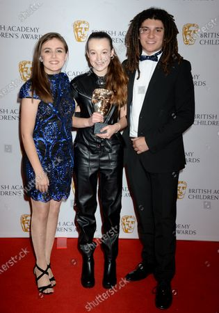 Kia Pegg and Miles Butler-Hughton with Bella Ramsey, Winner of The Young Performer Award