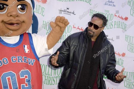 US actor Shawn Wayans arrives for the 88th annual Hollywood Christmas Parade in Hollywood, California, USA, 01 December 2019.