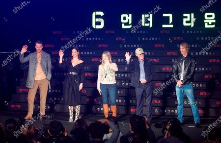 Ryan Reynolds, Adria Arjona, Melanie Laurent, Ian Bryce and Michael Bay